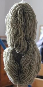 Brennesselgrün trocken hängen